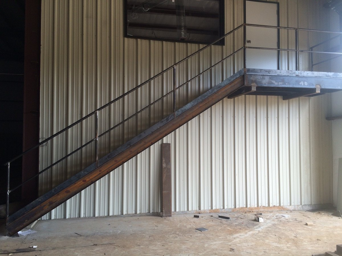 Heavy Floating Duty Stairs