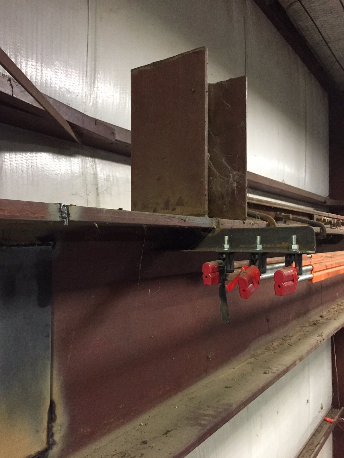 Connecting new I-Beam to old crane rails